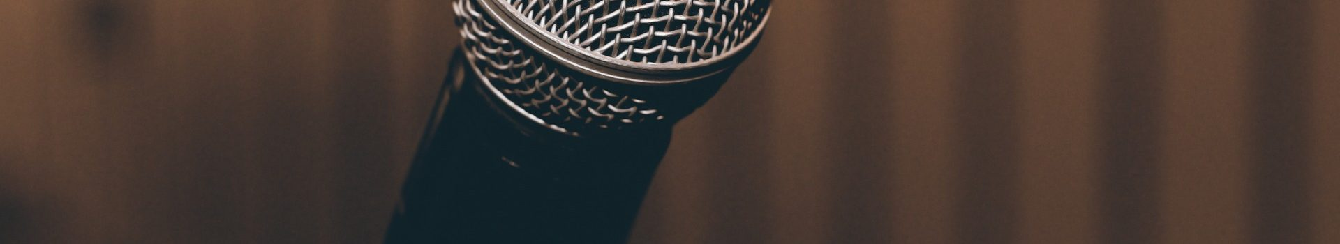 microphone-1206362_1920