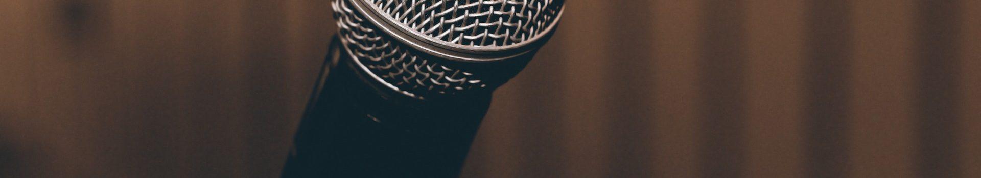 microphone-1206362_1920